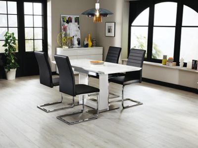 Nova Extending Dining Table & 4 Alcora Chairs