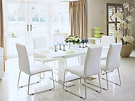 Nova Extending Dining Table & 4 Chairs